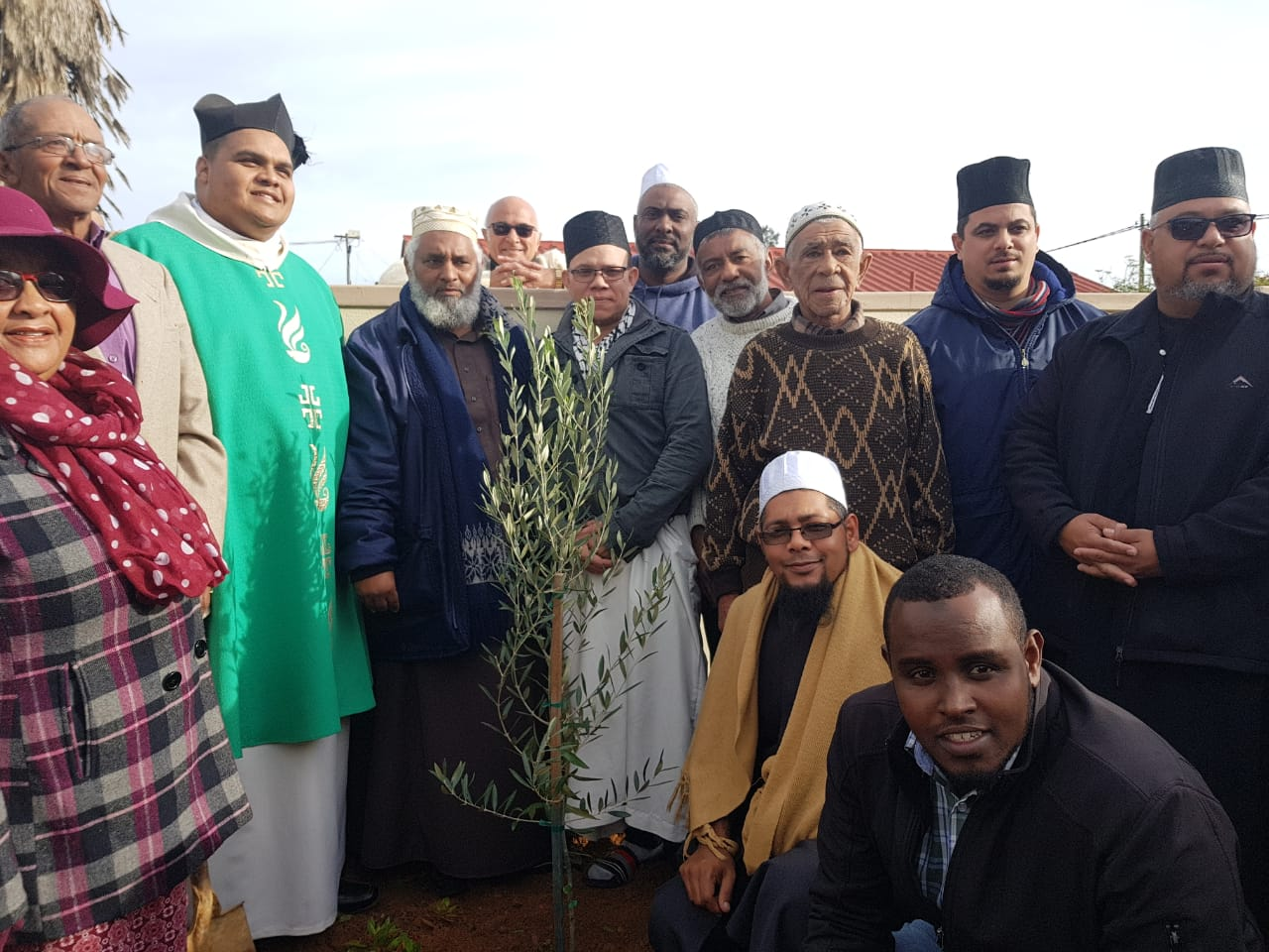 malmesbury community remains united despite tragedy - Interfaith malmesbury - Malmesbury community remains united despite tragedy